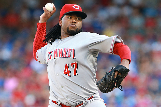 Johnny Cueto goes on the DL for the third time this season after re-injuring his lat.