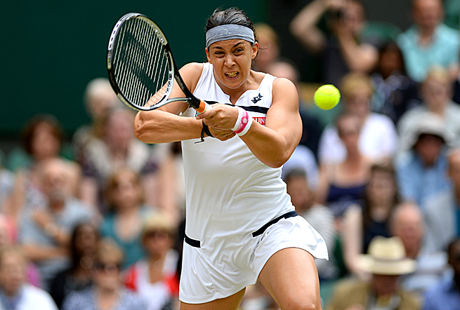 Marion Bartoli played a near-perfect match in the semifinals, beating Kirsten Flipkens 6-1, 6-2.