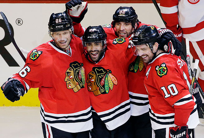 Michal Handzus (left) and Michal Rozsival (third from left) were part of Chicago's Stanley Cup run.