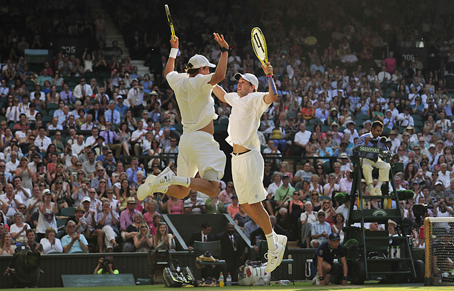 With a winat Wimbledon, the Bryans hold the doubles championships in all four Grand Slam events.