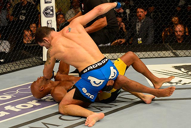 Weidman pounced and landed a few more shots that forced referee Herb Dean to stop the fight at 1:18.