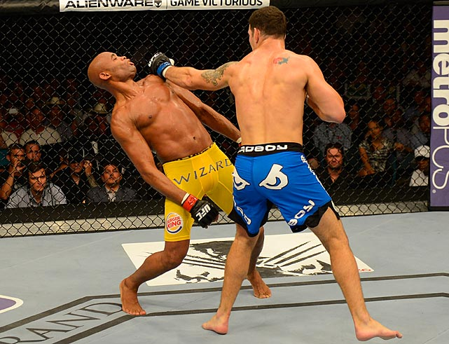 Silva dodged a lot of Weidman's punches early on.