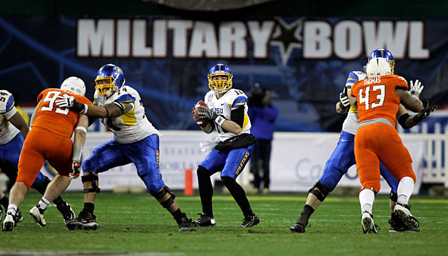 The American Athletic Conference and the Military Bowl have agreed to a six-year deal beginning in '14.