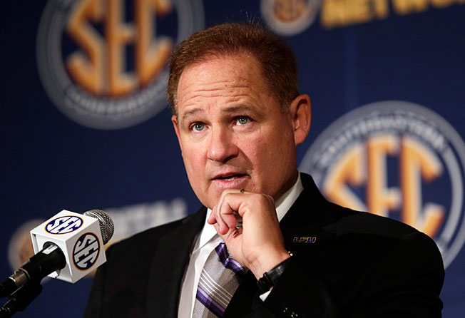 LSU coach Les Miles faced questions at SEC Media Days about his handling of running back Jeremy Hill.