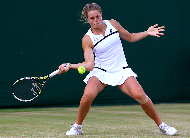 Karin Knapp defeated No. 2-seed Annika Beck 6-0, 6-1 to reach her second semifinals of the season.