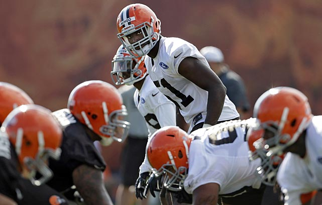 Cleveland Browns linebacker Barkevious Mingo waits for the snap during training camp drills in Berea, Ohio.