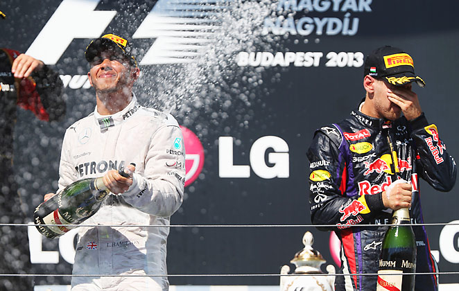 Lewis Hamilton won the Hungarian Grand Prix for the record fourth time on Sunday.