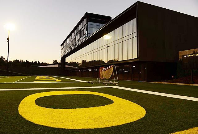 Chip Kelly has moved on to coach the NFL's Philadelphia Eagles, but Oregon has made clear its intentions to remain a national-title contender by opening the Hatfield-Dowlin Complex this week. Donated by Nike co-founder and chairman Phil Knight and his wife, Penny, the 145,000-square-foot facility represents the program's most lavish maneuver yet in the competition to recruit and develop talent. Sports Illustrated got a chance to preview the new digs. What follows is a first look at the Ducks' new den.