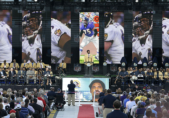 Jonathan Ogden thanked the Ravens organizations in his Hall of Fame acceptance speech.