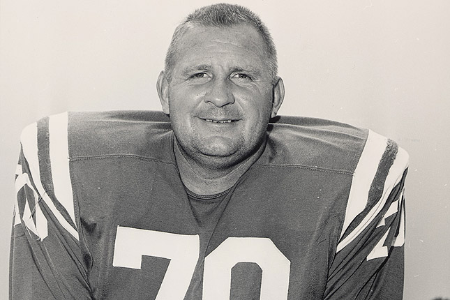 Donovan played DT for the Baltimore Colts, helping the team to world championships in 1958 and 1959.