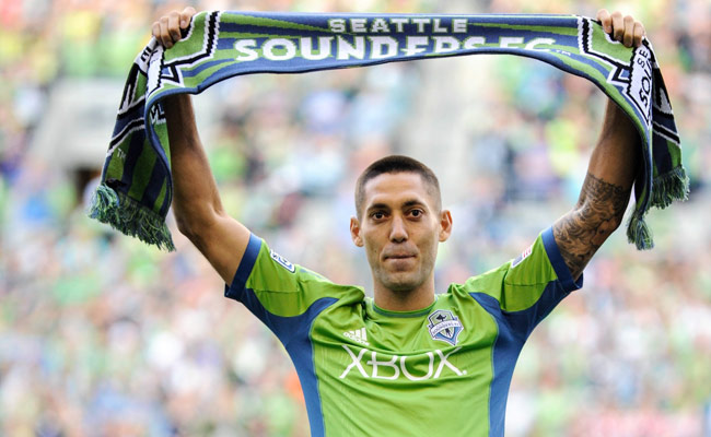 Clint Dempsey was introduced to the Seattle crowd ahead of the Sounders' 3-0 win on Saturday.