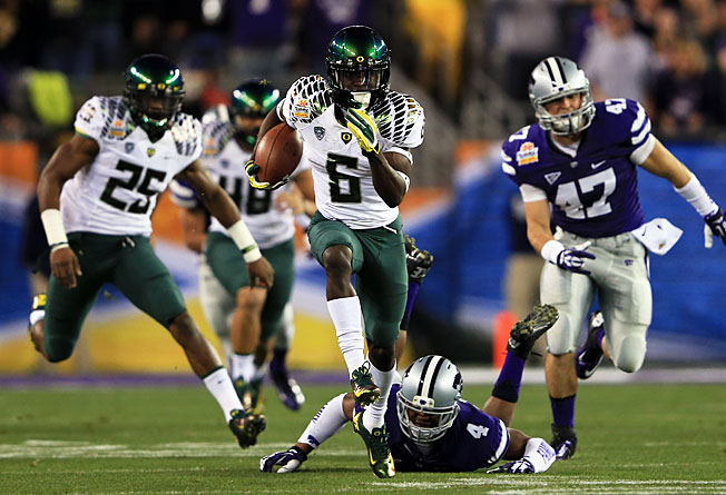 Running back De'Anthony Thomas (6) and Oregon look to reach their fifth straight BCS bowl this year.