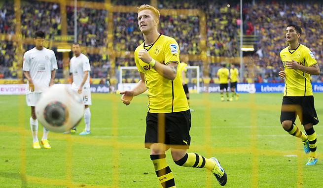 Borussia Dortmund's Marco Reus celebrates a goal during Dortmund's 2-1 win.