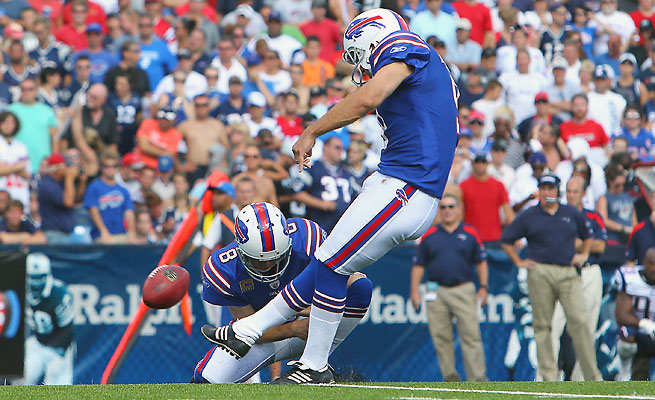 The Bills released veteran kicker Rian Lindell, the most accurate kicker in franchise history.