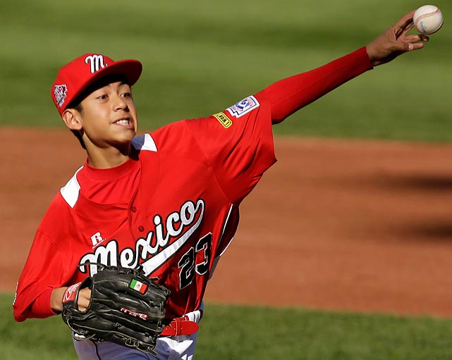 Brandon Meza of Mexico delivers a pitch against Perth at the Little League World Series.