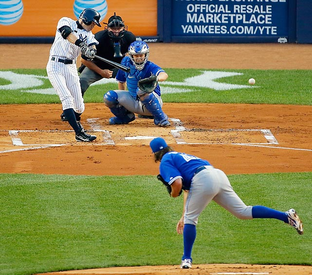 Ichiro Suzuki lines a single to left off R.A. Dickey of the Toronto Blue Jays. The single was his 4,000th career hit.
