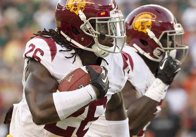 USC's Josh Shaw runs back one of the Trojans' four interceptions during its win over Hawaii.