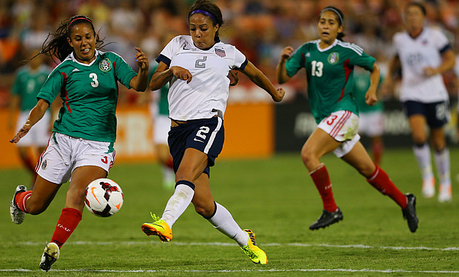 Sydney Leroux scored four goals against Mexico on Tuesday evening.