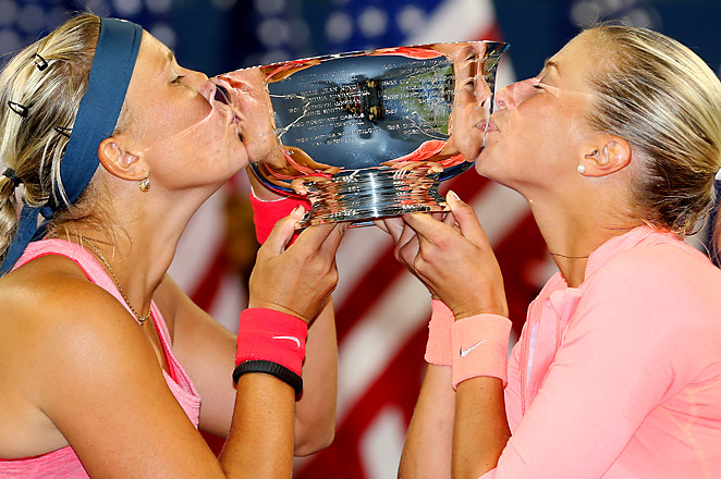 This is the first U.S. Open women's doubles title for Andrea Hlavackova and Lucie Hradecka.
