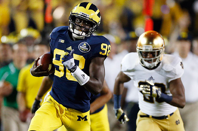 Devin Gardner passed for 294 yards and four touchdowns to help Michigan beat Notre Dame in Week 2.