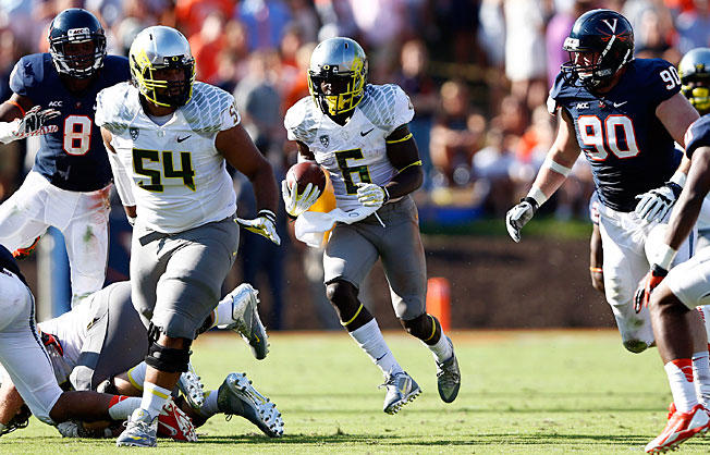 De'Anthony Thomas (6) and Oregon's offense have not missed a beat under new coach Mark Helfrich.