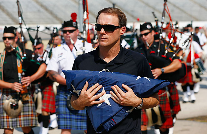 Kevin Harvick helped honor 44 first-responders at an event at Texas Motor Speedway.