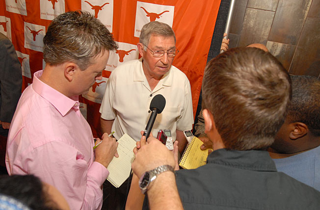 Texas officials are refuting a report that DeLoss Dodds (center) will step down at the end of the year.