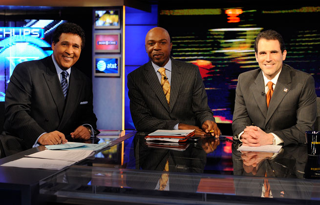 Greg Anthony (center) will become CBS's lead in-game college basketball analyst.
