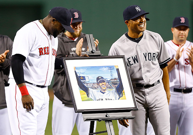 Mariano Rivera (right) received a painting from David Ortiz and the Red Sox.