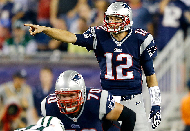 Despite only throwing for 185 yards and 1 touchdown, Tom Brady managed to lead the Patriots to a 13-10 win Thursday night.