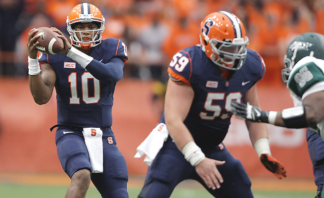 Terrel Hunt threw for 265 yards and three touchdown in Syracuse's 54-0 rout of Wagner on Saturday.