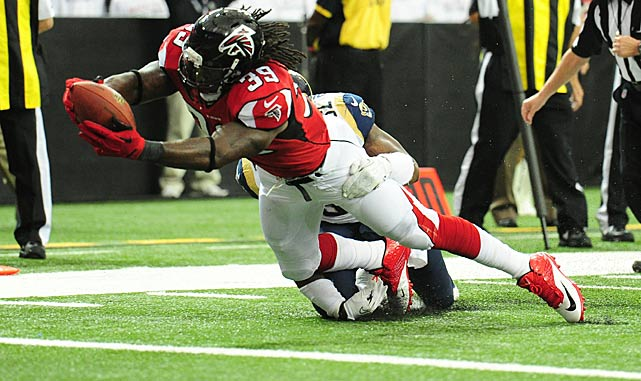 Steven Jackson's diving effort stood up for a touchdown in the Falcons victory over St. Louis.
