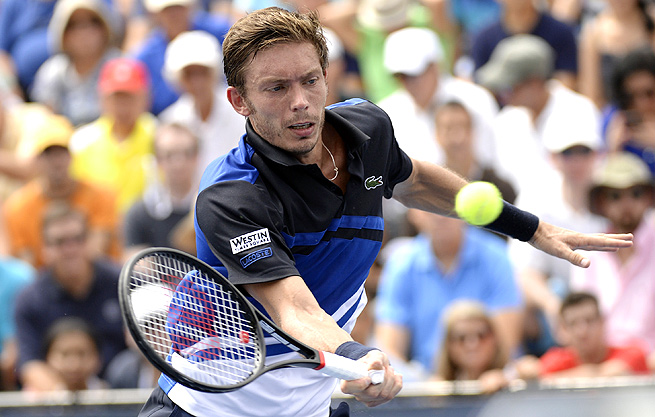 Nicolas Mahut, who won two titles this summer, upset Andreas Seppi 6-4, 6-4.