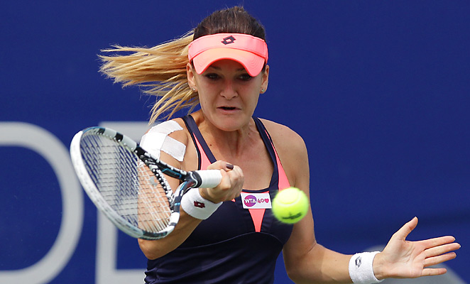 Agnieszka Radwanksa hit five aces en route to her first tourney win since January.