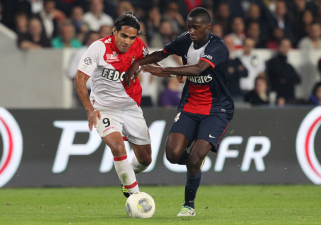 Radamel Falcao (left) scored the goal that earned Monaco a draw with PSG on Sunday.