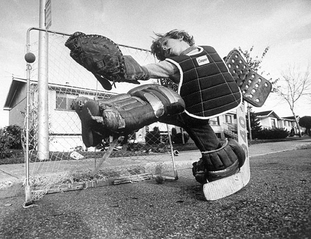 A very young Martin Brodeur plays street hockey in the late 1970s.