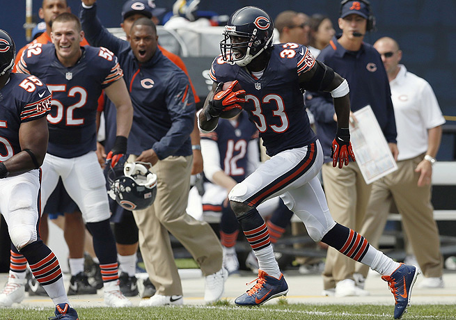 Charles Tillman (33) has totaled 14 tackles and two interceptions for the Bears this season.