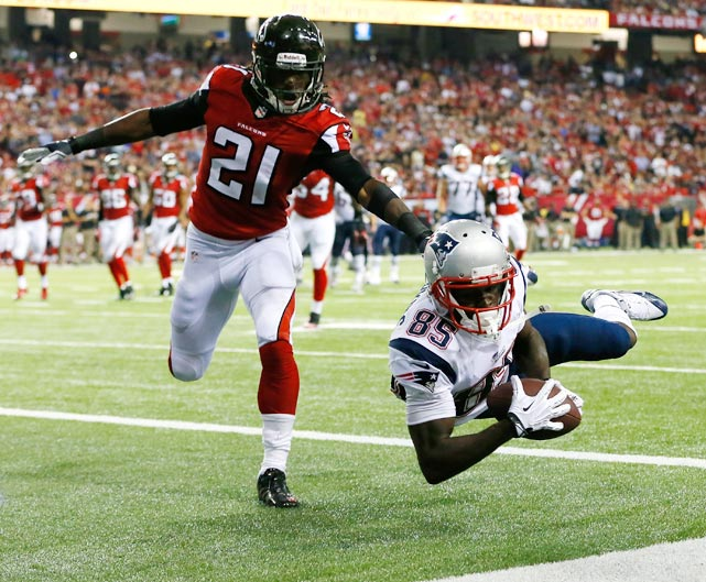 Kenbrell Thompkins got his right elbow down before sliding out of bounds, giving the Patriots a touchdown in their win over Atlanta.