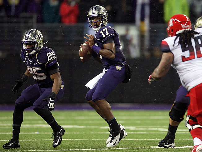 Quarterback Keith Price (17) has passed for 1,044 yards and nine TDs in Washington's first four games.