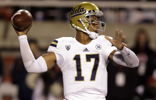 Bruins QB Brett Hundley scored TDs as a passer, runner and receiver in Thursday's win over the Utes.