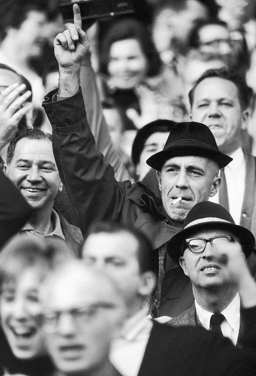 Actor Jason Robards cheers for the New York Football Giants, circa 1965.