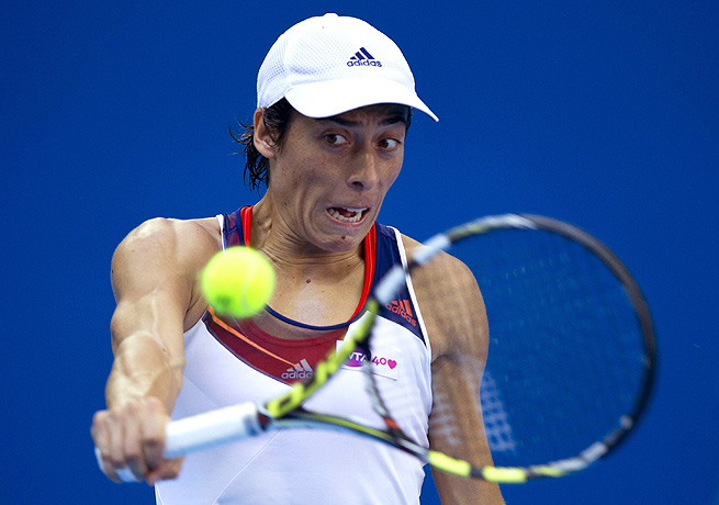 Francesca Schiavone nailed four aces as she defeated Karolina Pliskova 7-5, 6-2.