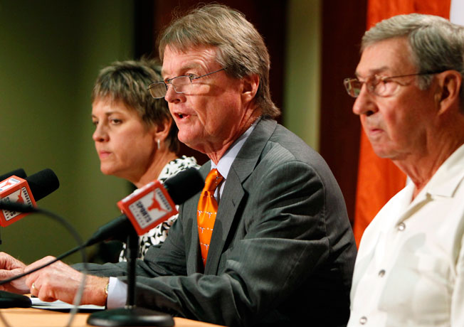 University of Texas president William Powers (center) has clashed with the school's Board of Regents.