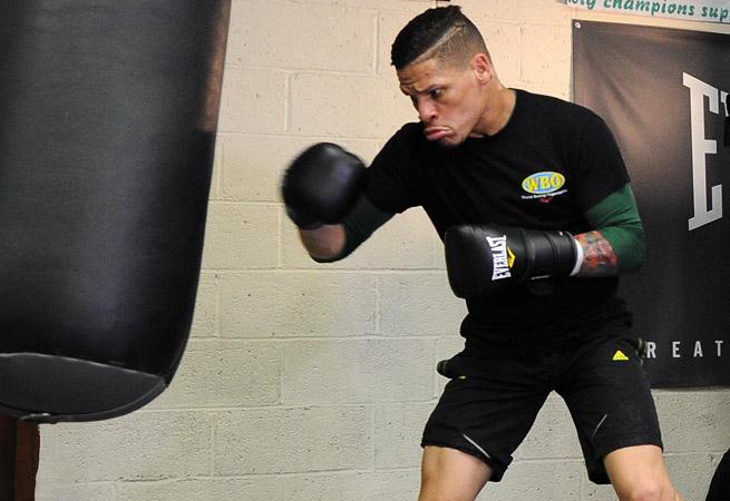 Orlando Cruz will fight on the Timothy Bradley-Juan Manuel Marquez undercard on Saturday night.