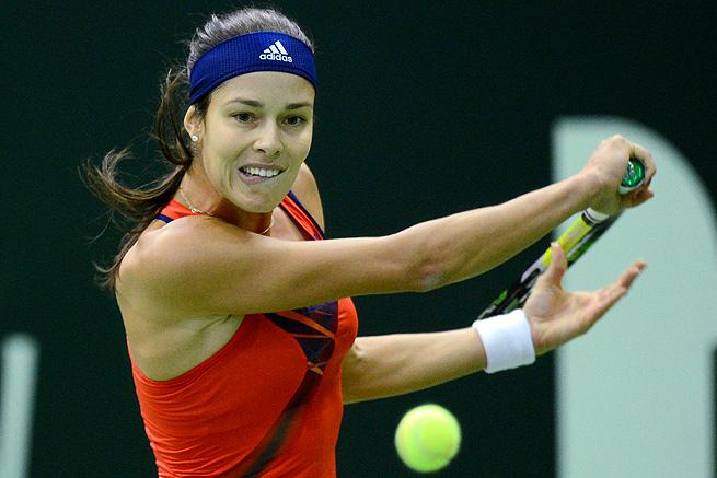 Ana Ivanovic easily cruised past Klara Zakopalova 6-3, 6-1 and will face Samantha Stosur next.