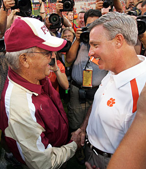 Bobby (left) and Tommy Bowden share a laugh before Florida State's 2007 game at Clemson.