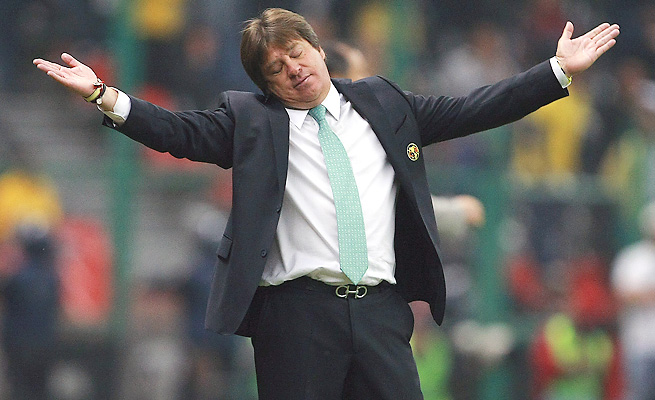 Miguel Herrera will reportedly replace Victor Manuel Vucetich as El Tri's coach for its World Cup playoff.