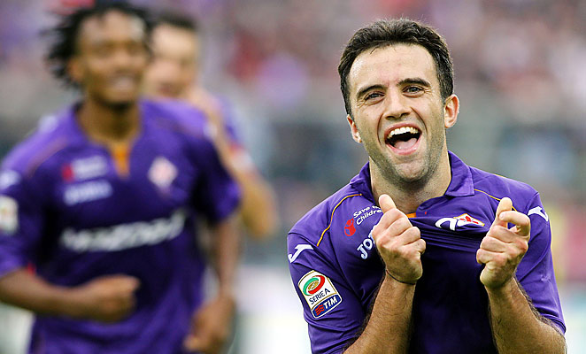Giuseppe Rossi continues his fine return from injury with a hat trick in Fiorentina's win over Juventus.