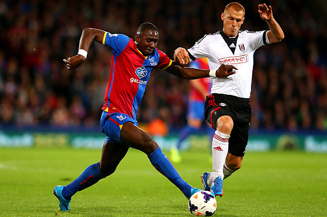 Steve Sidwell scored the winning goal in a 4-1 win for Fulham against Crystal Palace.