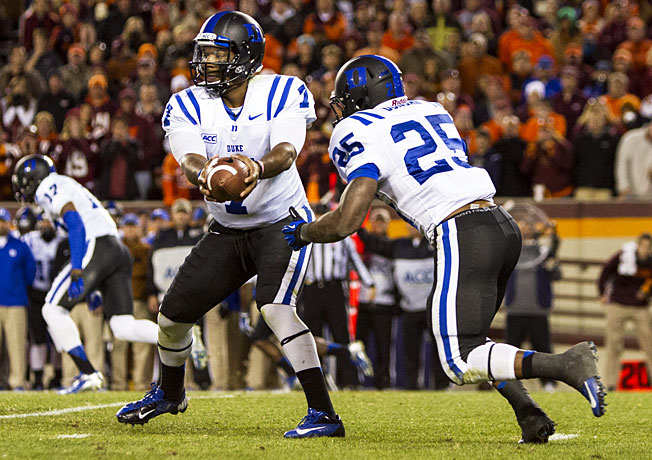 Despite struggling offensively, Anthony Boone (7) and Duke beat Virginia Tech to become bowl eligible.